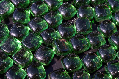 mini green cubes 1