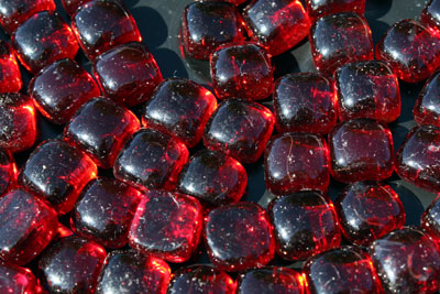 mini red cubes 1